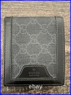 100% Authentic mens Gucci wallet, GG supreme leather