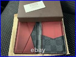 $895 Authentic Louis Vuitton Made in FRANCE Mens Cards Wallet Sz. 3X4.5 FS