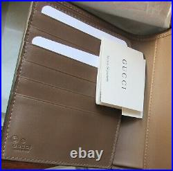 FAB! NWT New in Box GUCCI $595 Mens GG Guccissima Leather Passport Wallet Large