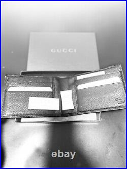 Gucci Mens Leather Wallet in Box Never Used genuine Gucci product