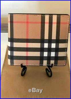 NWT Mens BURBERRY Bi-Fold Wallet in Vintage Leather Check