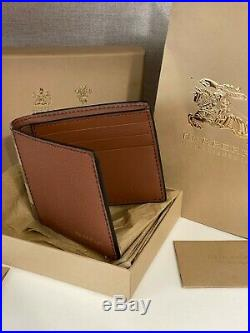 New Burberry Leather And House Check International Bifold Wallet In Beige RRP350