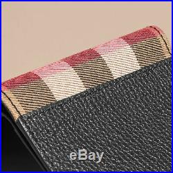 New Burberry Leather And House Check International Bifold Wallet In Black