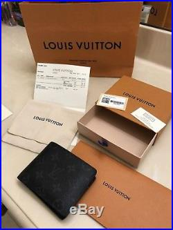 Preowned Mens Louis Vuitton Genuine Leather Canvas Card Wallet